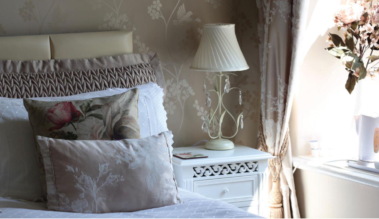 Rose Double Room Detail