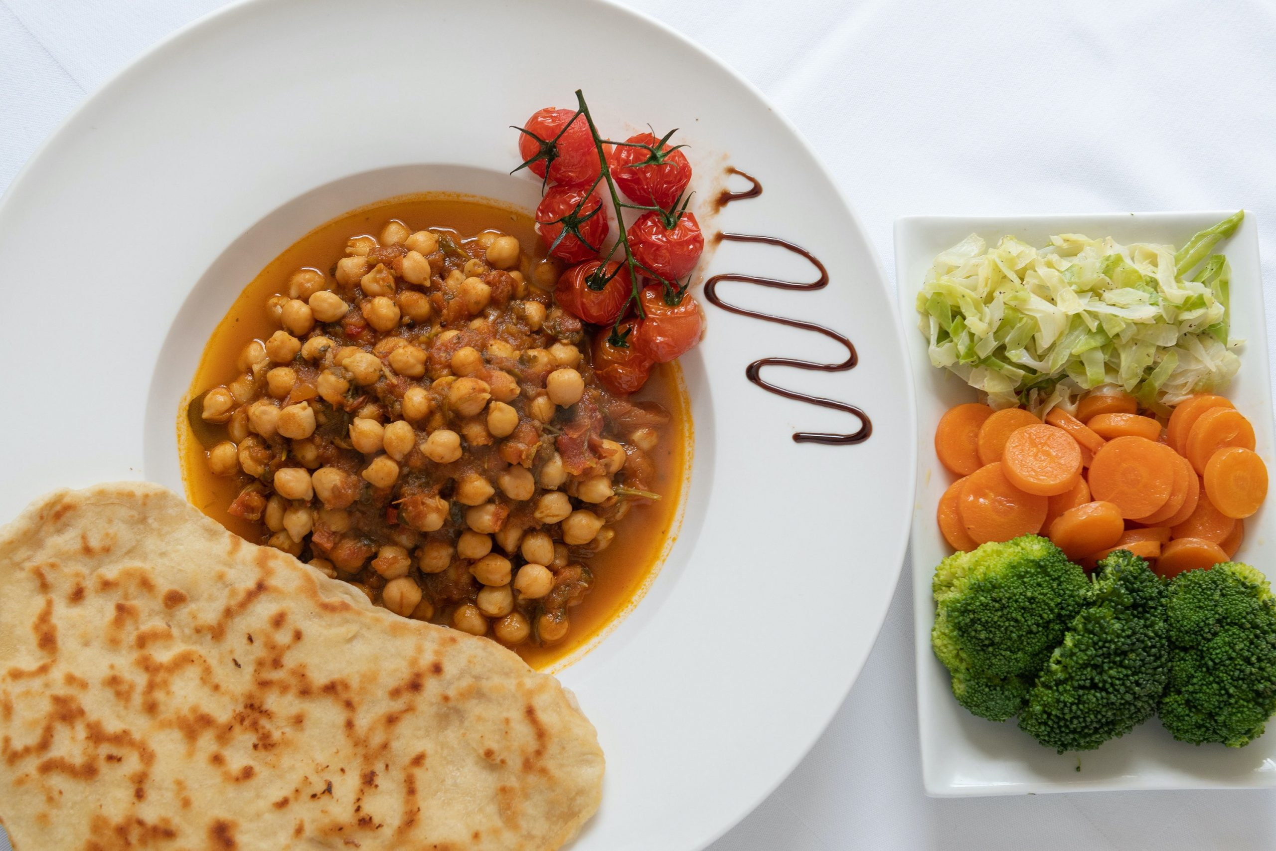 Curried Chickpeas in a Tomato Glaze, Garlic Flat Bread and Vegetables